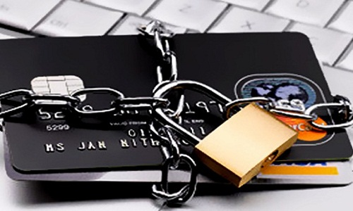 Cảnh báo cho người dùng thẻ tín dụng.